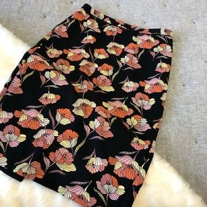 Who what wear black and  floral skirt sz. 2
